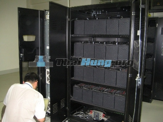 http://www.thaihung.org/uploads/useruploads/thaihung_org/Thay-ac-quy-cho-ups-thay-acquy-cho-ups-socomec-ups-apc-ups-santak-ups-ermeson-acquy-rocket-ac-quy-fiamm.jpg
